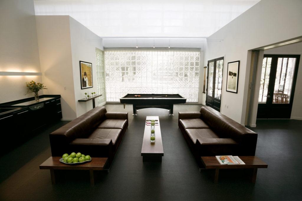 main-lounge